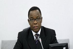 Cameroun-Voici la communication du Pr Maurice Kamto sur l'« évasion organisée »  de Basile Atangana Kouna, sur le drame de l'école publique d'Ekoudou et sur la mort de Jean Nga Mvondo(taximan tué par les gendarmes)