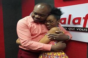 """Cameroun-Média : Tina SONGUE quitte Radio Balafon : «mon père, mon """"éternel"""" boss Cyrille Bojiko... La séparation a été très difficile »"""