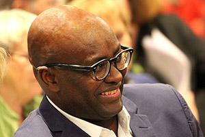 International: Le camerounais Achille Mbembe, 1er Africain à remporter le «Gerda Henkel Prize».