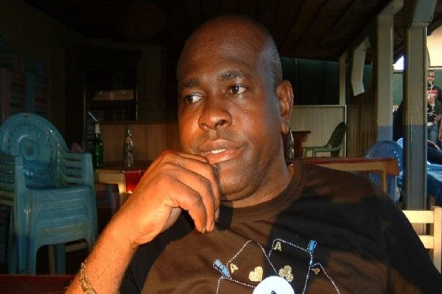 Cameroun-Réélection de Paul Biya : L'artiste Longue Longue s'en prend violemment à Samuel Eto'o en le traitant de « Pain sardine »