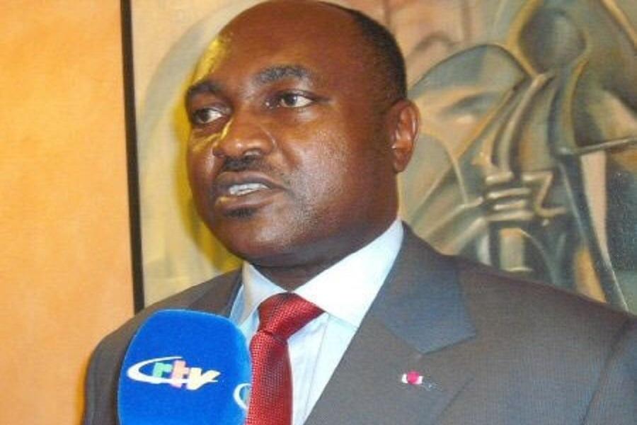 Cameroun : Paul Biya nomme Fai Yengo  Francis coordinateur du Comité national de désarmement de démobilisation et de réintégration.