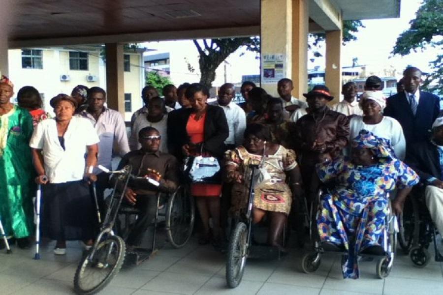 Cameroun : Un don de l'ambassade d'Israël aux personnes handicapées
