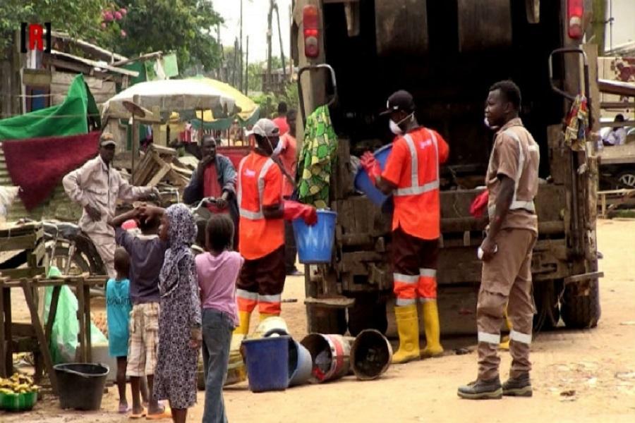 Cameroun-sud-ouest : le départ de HYSACAM a rendu Buea envahie d'ordures.