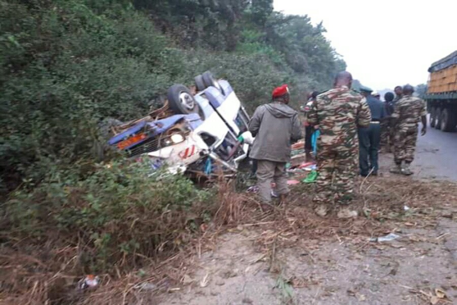 Cameroun : un mini bus rempli de militaires fait un accident sur l'axe Douala – Yaoundé