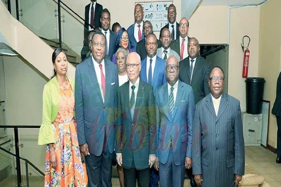 Remaniement : Les avocats au barreau du Cameroun souhaitent que Laurent Esso, « tienne la main » de Jean De Dieu Momo