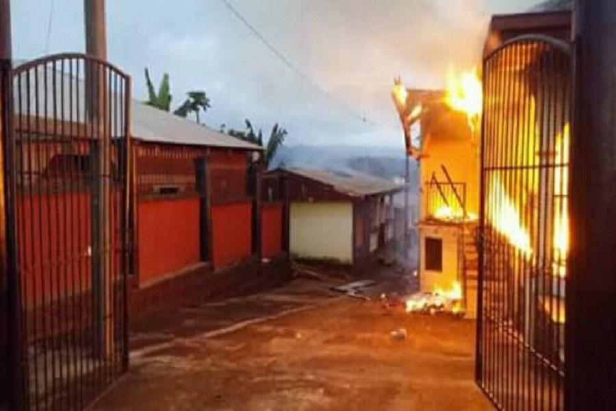 Cameroun- Crise anglophone : La résidence d'un ministre incendiée à Ekondo Titi (Sud-ouest)