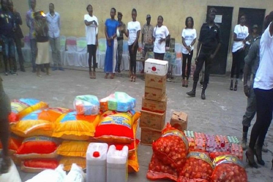 Kondengui : La mairie de Yaoundé IV  a offert un stock de produits alimentaires aux détenus