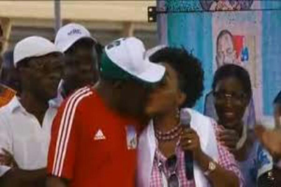 Cameroun : Madame Kamto rend visite aux militants du MRC détenus à Kondengui