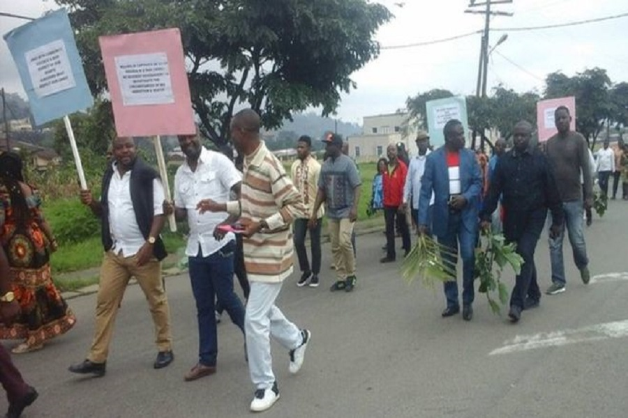 Cameroun-manifestations publiques : le Maire de Buea met fin à  une marche organisée par les journalistes à Buea.
