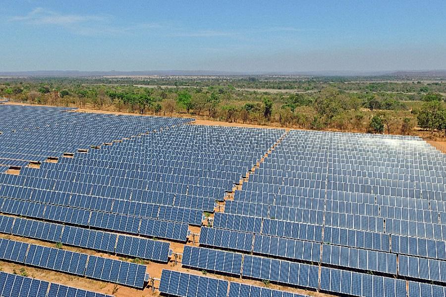 Energie :Cameroun : huawei développe des centrales photovoltaïques pour réduire le cout de l'électricité