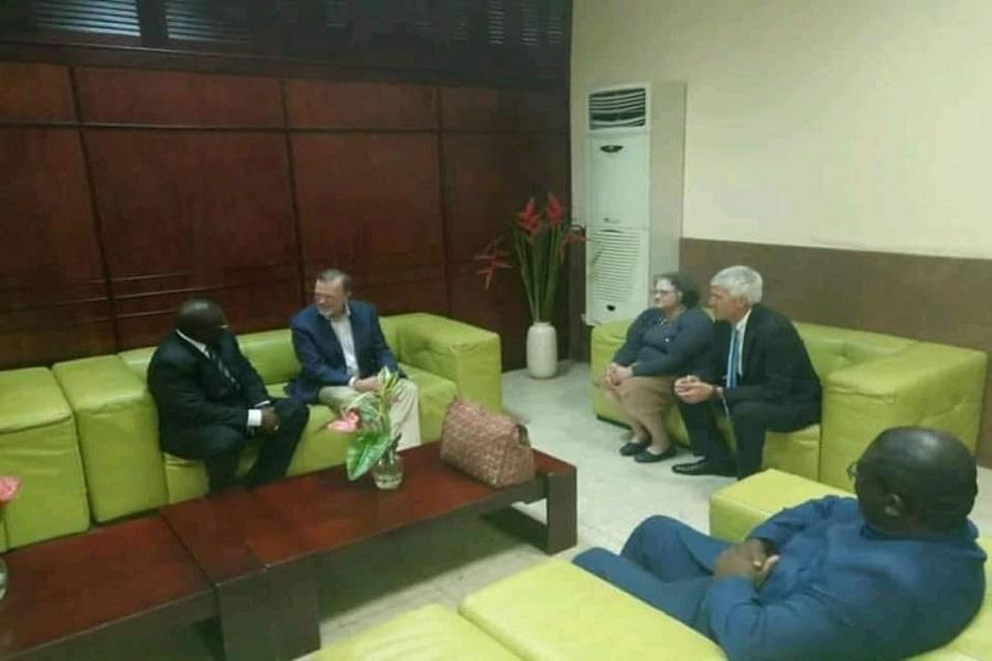 Tibor Nagy,le secrétaire d'État américain adjoint en charge des Affaires africaines est au Cameroun