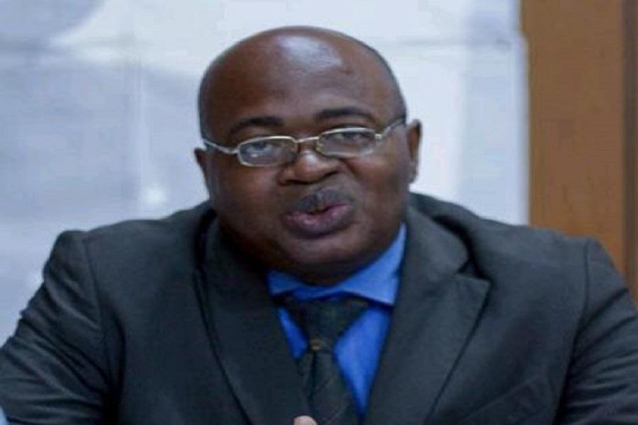 Cameroun : L'ancien contradicteur du régime de Paul Biya, Prof Owona Nguini, explique (enfin) pourquoi il a retourné sa veste.