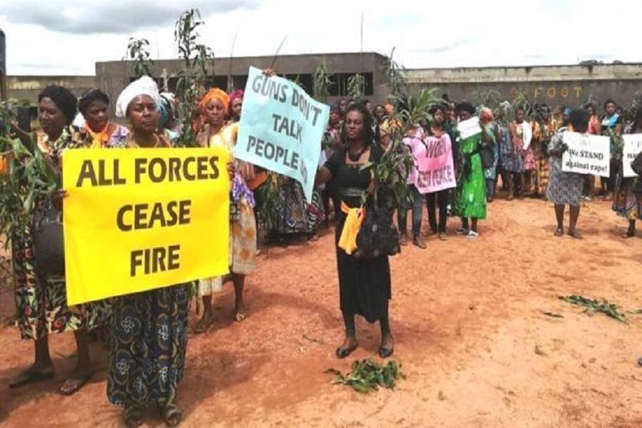 Cameroun : cris et prière des femmes du Nord-ouest pour un retour au calme.