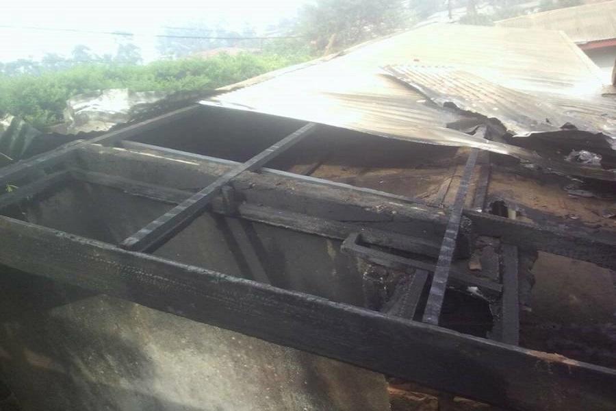 Cameroun-crise anglophone : la résidence d'un haut cadre du RDPC incendiée dans le Nord-ouest après sa mort