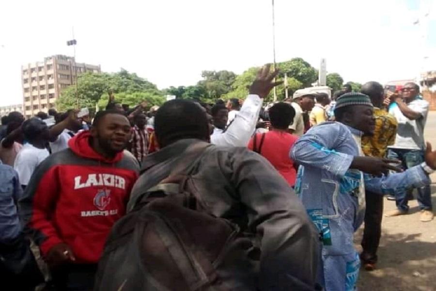 Yaoundé : Les partisans de Maurice Kamto provoquent une manifestation devant la cour d'Appel (Photos)