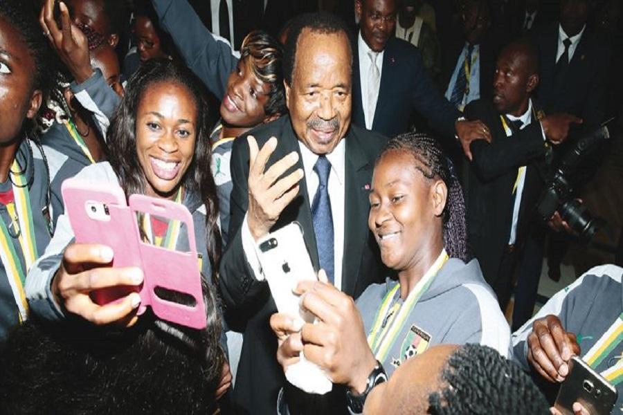 Cameroun : Paul Biya interdit les téléphonés  au Palais de l'unité pour  le grand cocktail du 20 mai