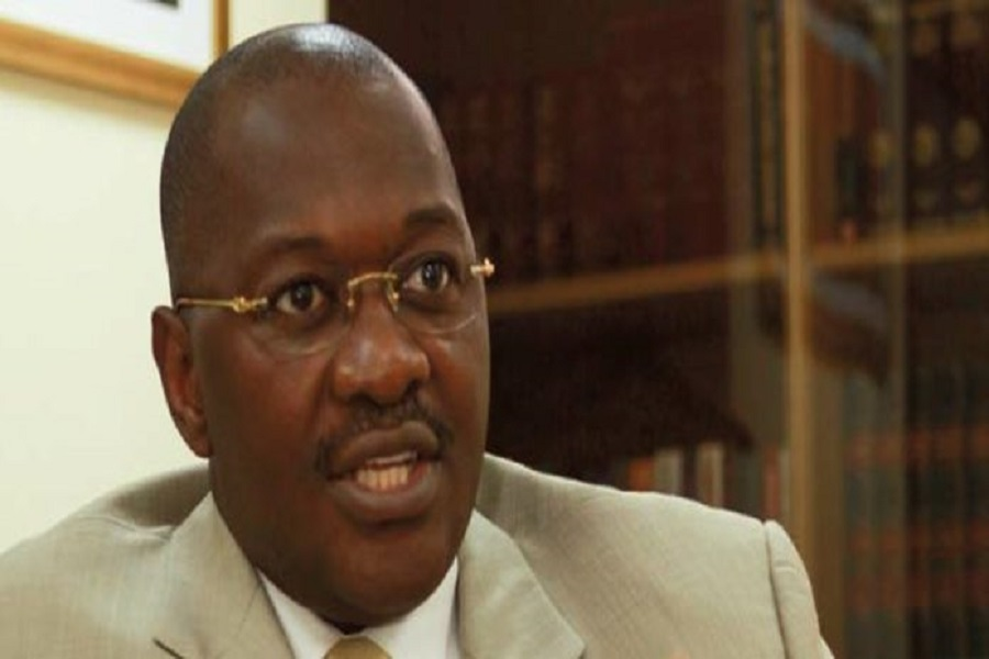 Camair-Co et la colère noire de Louis Motaze : Ernest Dikoum sort de sa réserve et défend le pilote