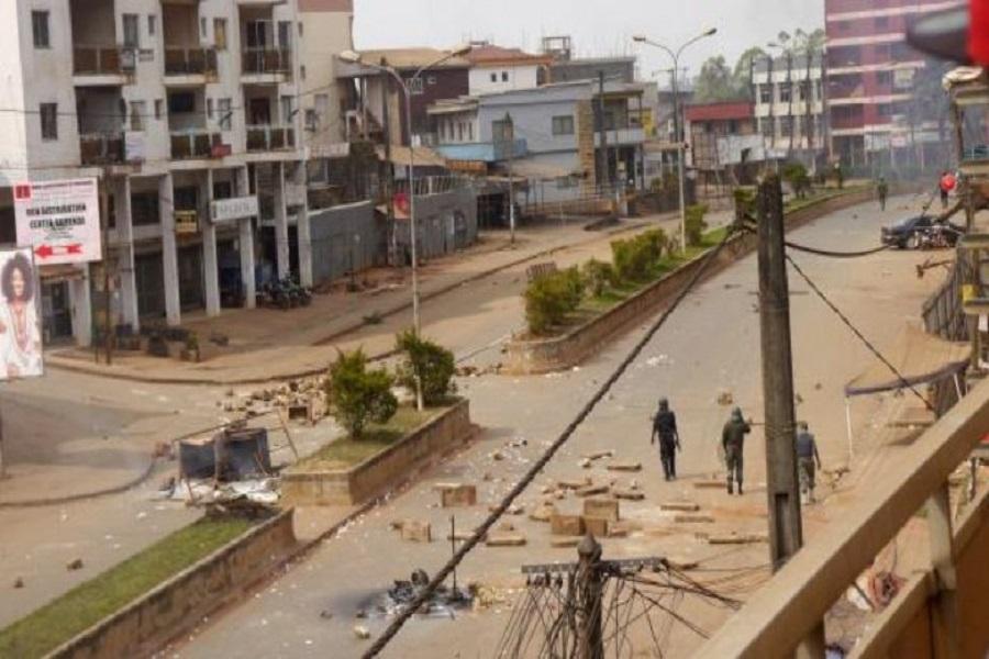 Cameroun-crise anglophone : un rapport sur les violations des droits de l'homme présenté au Canada .
