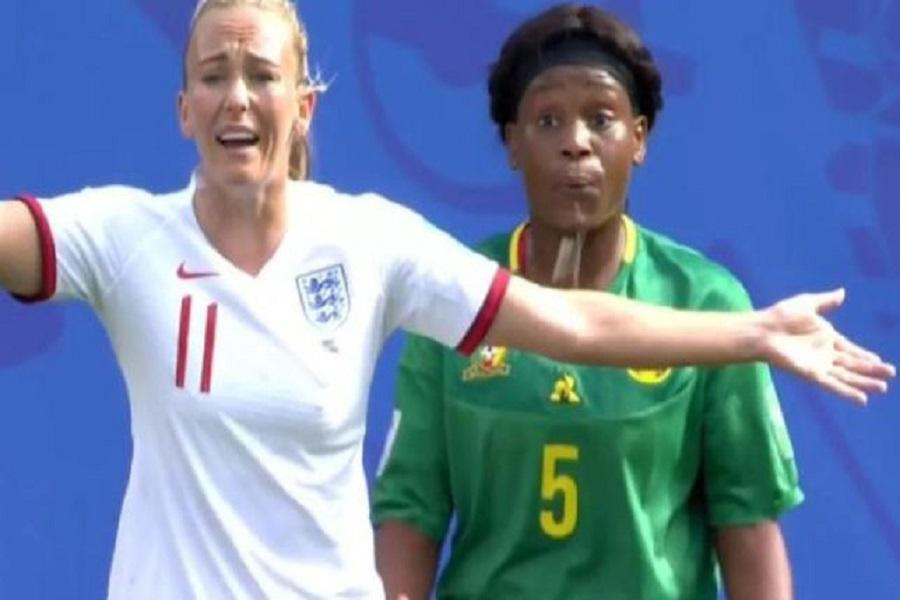 Par crainte de se faire sanctionner  pour avoir craché sur une joueuse anglaise, Augustine Ejangue demande pardon
