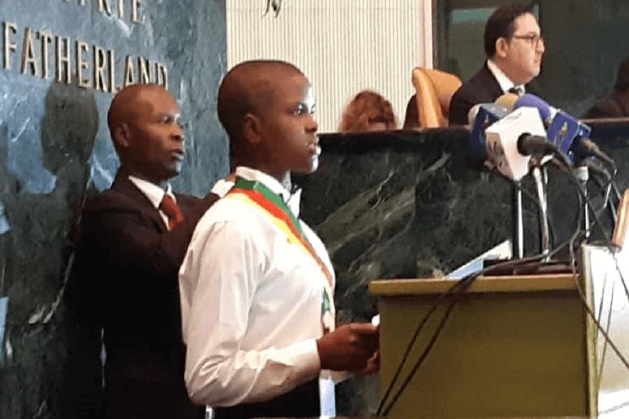 Cameroun : les députés juniors promettent de défendre les droits des enfants.