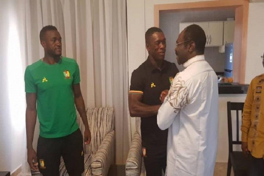 Piètre prestation des Lions Indomptables à la CAN : le ministre Narcisse Mouelle Kombi ouvre le débat sur le cas Seedorf