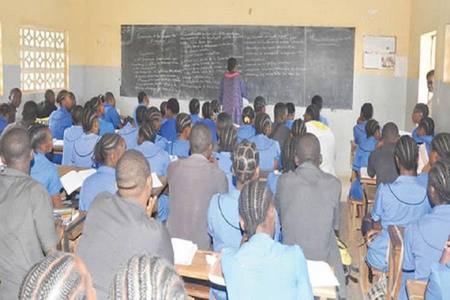 Cameroun : des dizaines d'établissements secondaires clandestins fermés