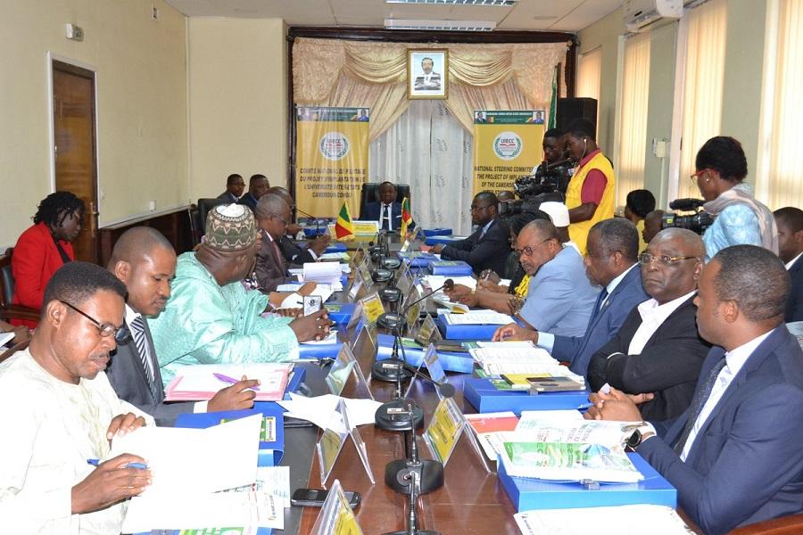 Cameroun : un collectif de 5 ministres appelle à la reprise effective des cours le 2 septembre