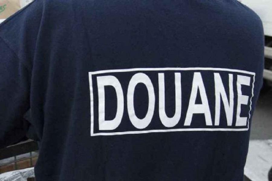 Douala : Une cargaison de vins et de produits  laitiers de contrebandes saisis