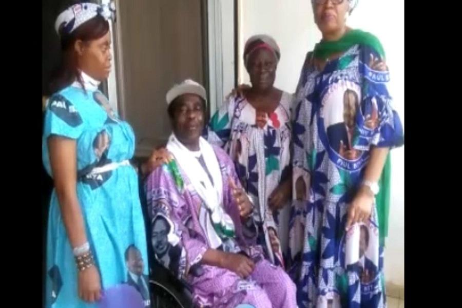 Renouveau : Paralysé, l'ex ministre Augustin Kontchou alias Zero mort, loue son « dieu » sur une chaise roulante
